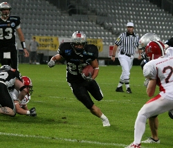 Tirol Raiders with RB Grein get beat by Marburg Mercenaries. (c) Schellhorn
