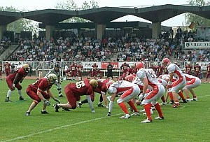 QB Jo Ullrich leads his Mercenaries to the EFAF CUP Title 2005. (c) Elancourt Templiers